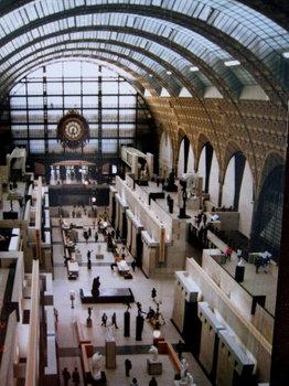 オルセー美術館の内部ホール_1.jpg