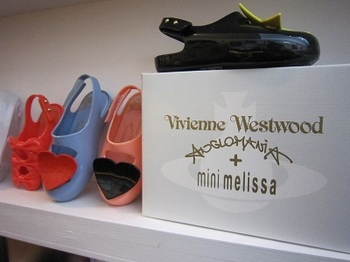 vivianne westwood mini merissa.jpg